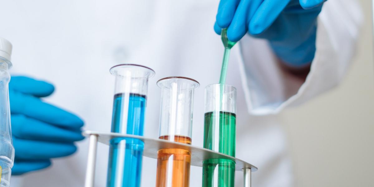 Santé, industrie pharmaceutique ou agroalimentaire, environnement: quel est le point commun
