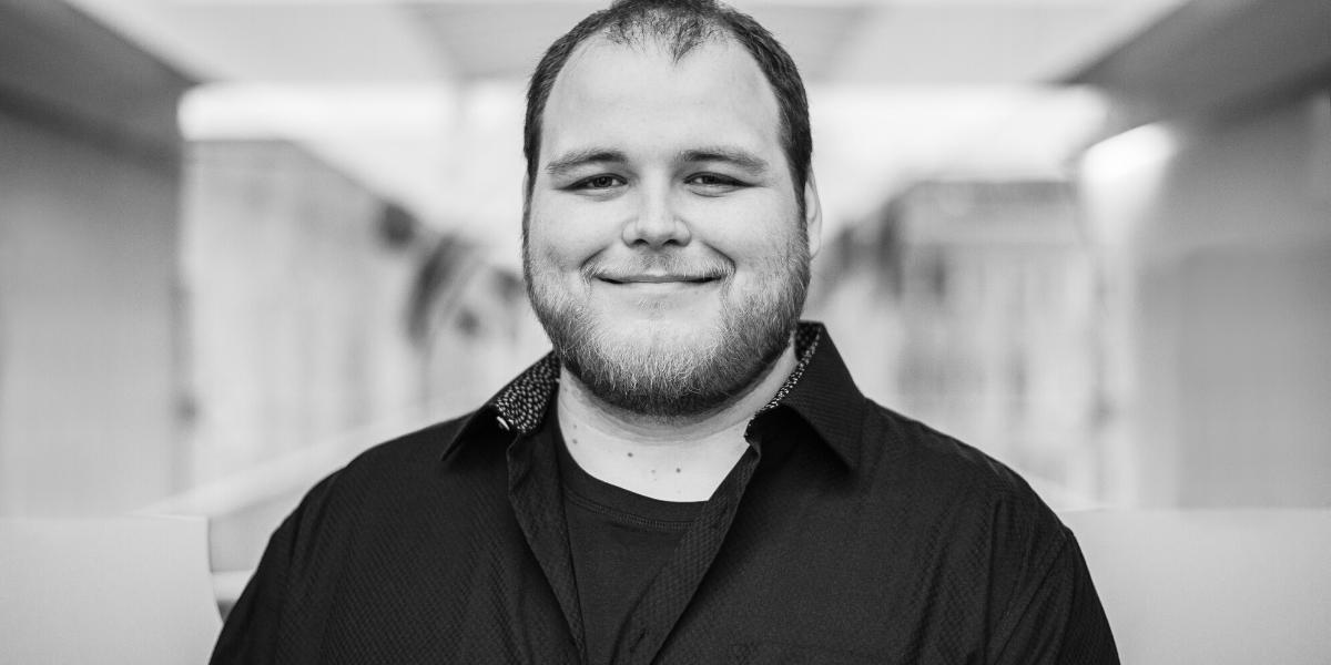 Portrait d'équipe : Kevin Dernelle, audiovisual tech expert geek à l'esprit créatif et fan de culture pop